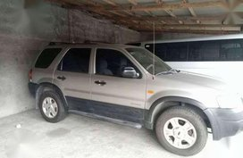 Ford Escape XLS 4X2 2003 AT Silver For Sale