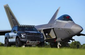 Ford F-15 Raptor goes for $300,000 (P15,097,200) at an air-show