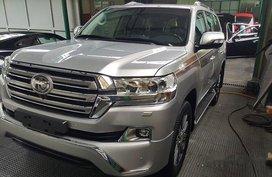 Brand New Call Now: 09258331924 Casa Sales 2019 Toyota Land Cruiser Prado 4.0L V8 Gas MT