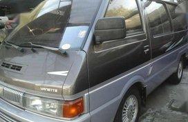 Nissan Vanette 2000 MT Gray Van For Sale