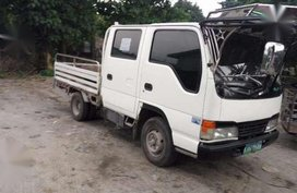 Isuzu Elf Double Cab  2014 MT White For Sale