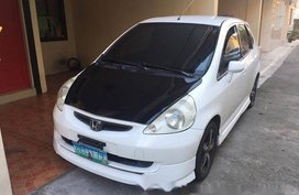 2000 Honda Fit white gas for sale
