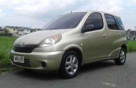 Toyota Echo Verso VVT-i MT Silver For Sale