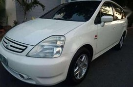 02 Honda stream hatchback white for sale