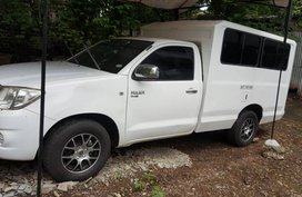 2009 Toyota hilux fx truck white for sale