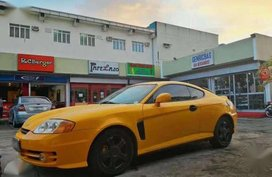 Hyundai Coupe 2004 model fresh for sale