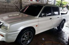 Well Kept 2000 Mitsubishi Endeavor L200 Pick-up For Sale