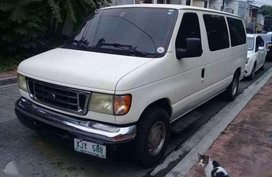 For sale family van Ford Chateau 2004
