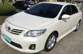 Toyota Corolla 2013 Gasoline Automatic White for sale