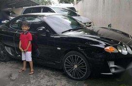 For sale 200o Hyundai Tiburon in good condition