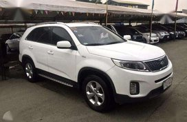 2015 Kia Sorento Diesel AT White For Sale