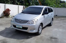 2011 Toyota Innova J for sale