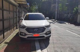 Well-kept Hyundai Santa Fe 2016 for sale in Metro Manila