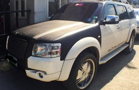 Ford Everest 4x2 2009 A/T like new for sale