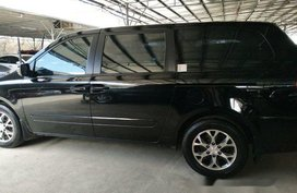Well-maintained Kia Carnival 2014 for sale