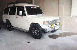 Mitsubishi Pajero 1989 MT White SUV For Sale