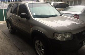 Well-maintained Ford Escape 2003 for sale