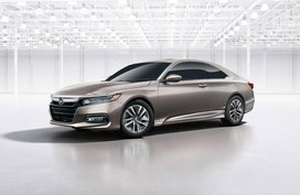 Behold Honda Accord 2018 in wagon & coupe body configurations