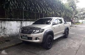 Toyota Hilux G MT 4x2 Diesel Silver Pickup For Sale