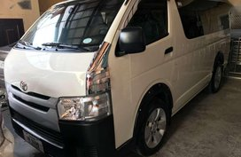 2016 Toyota Hiace commuter 30L for sale