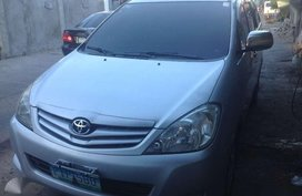 2011 Toyota Innova J with only 92k miles for sale