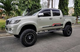 Good as new Toyota Hilux 2013 for sale