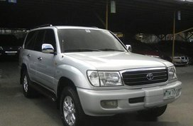 Well-maintained Toyota Land Cruiser 2000 for sale