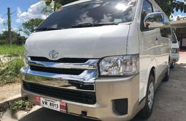 2017 Toyota Hiace 3.0 GL Grandia Manual Pearl White for sale