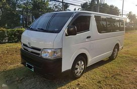 Toyota Hiace commuter 2013 for sale