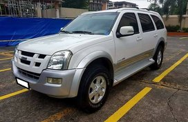 Good as new Isuzu Alterra 2005 for sale