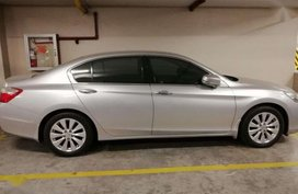 Honda Accord 2.4 2014 AT Silver Sedan For Sale