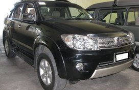 Toyota Fortuner G 2009 A/T Diesel -1,088M for sale