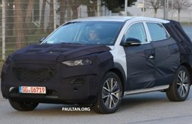 Hyundai Tucson 2019 facelift spied, revealing a new honeycomb grille
