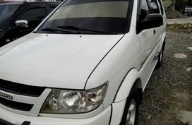 Isuzu Crosswind Sportivo body manual diesel 2005 for sale
