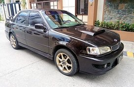 Well-maintained Toyota Corolla 2000 for sale