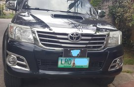 Well kept Toyota Hilux Automatic 4x4 Davao 2012 for sale