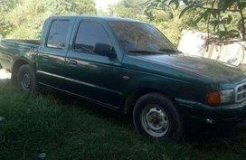 For sale Ford Ranger pick up 2002 model.