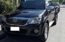 Toyota Hilux MT model 2012 FOR SALE