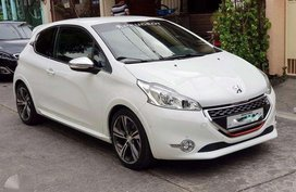 Peugeot 208 Turbo 2016 FOR SALE