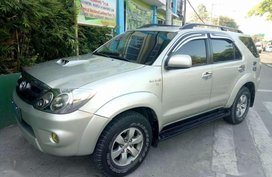 Toyota Fortuner V 2005 3.0D4D 4x4 top of the line FOR SALE