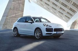 Porsche Cayenne Hybrid 2019 unveiled with new techs & more power