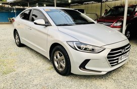 Like brand new 2017 Hyundai Elantra MT for sale