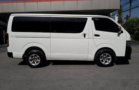 Well-maintained Toyota Hiace 2012 for sale