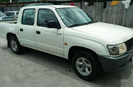 2004 Toyota Hilux Diesel MT FOR SALE