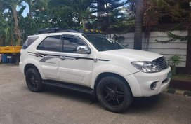 Toyota Fortuner 4x2 2008 Model Automatic transmissio All power Diesel