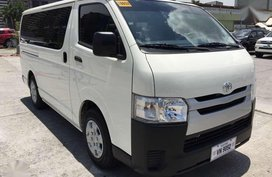 2017 Toyota Hiace Commuter 3.0 Manual Transmission