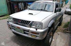 2000 Mitsubishi Endeavor 4x4 for sale