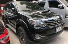 2015 Toyota Fortuner V 4x4 Black Automatic Transmission