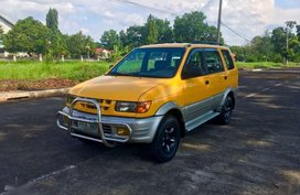 Isuzu XUV 2004 Yellow SUV For Sale