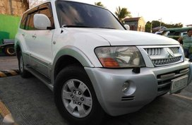 MITSUBISHI Pajero 2004 Local Diesel Matic 580 K not like Fortuner Montero Mux